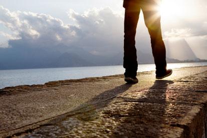 walking-around-testimonial